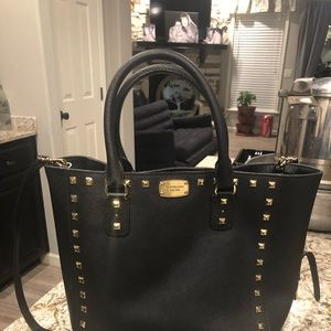 Michael kors tote bag.